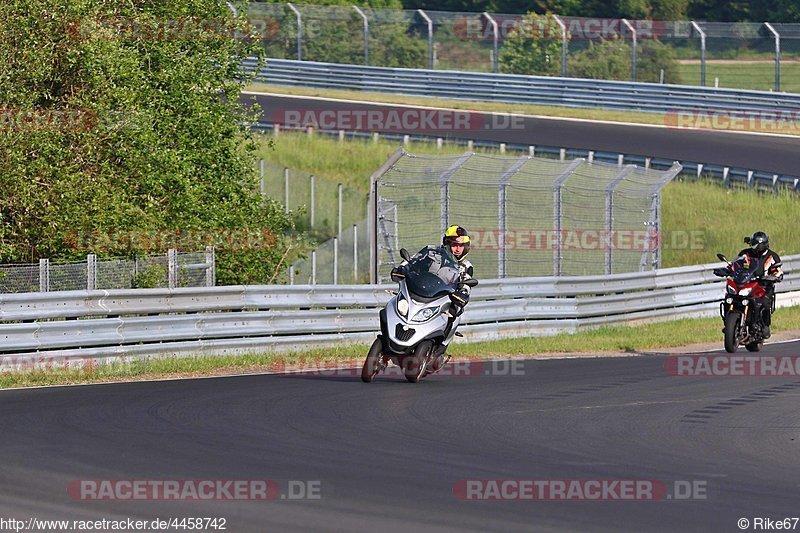 Touristenfahrten, Nürburgring, Fotos, Piaggio