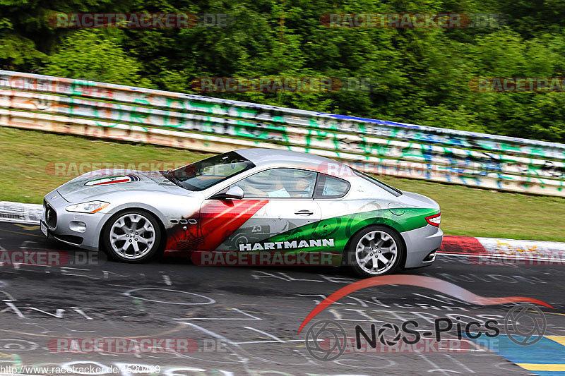 Touristenfahrten, Nürburgring, Fotos, Maserati
