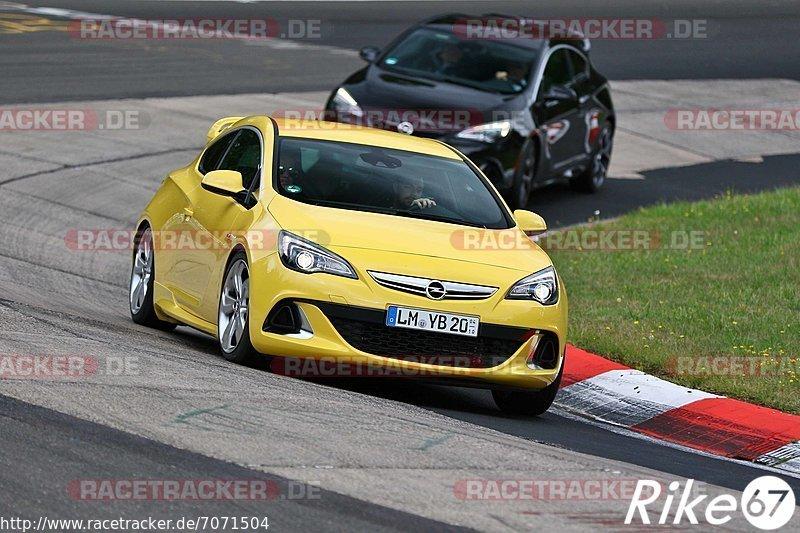 Touristenfahrten, Nürburgring, Nordschleife, Fotos, Opel-Vauxhall