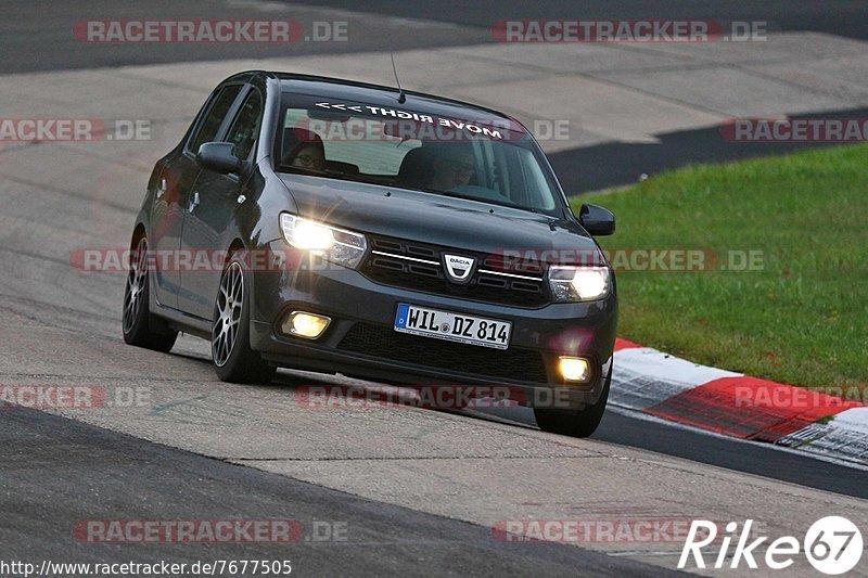 Touristenfahrten, Nürburgring, Nordschleife, Fotos, Dacia