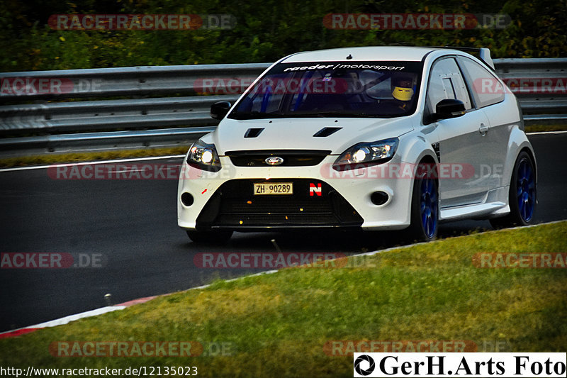 Touristenfahrten, Nürburgring, Fotos, Ford